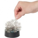 Warm Fuzzy Toys - T-99SF - Snowflake Magnetic Fun
